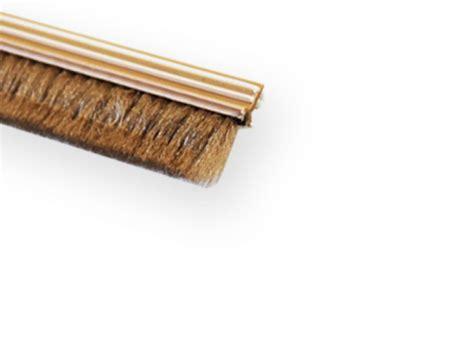 joint brosse porte coulissante gosimat gt produits gt joint brosse anti poussi 232 re 12 mm hauteur pour habillage