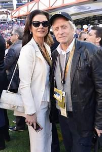 Catherine Zeta Jones et Michael Douglas - Lady Gaga ...