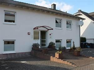 Haus Im Grünen Frankfurt : ferienwohnung apfelbl te balkon und moselblick mosel ~ Lizthompson.info Haus und Dekorationen
