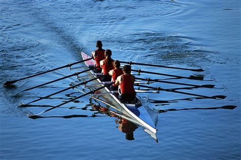 Row Boat Team by 301 Moved Permanently