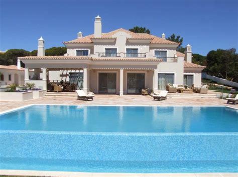 db  bedroom villa  rent  dunas douradas beach