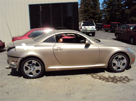 lexus sc  model coupe    color gold