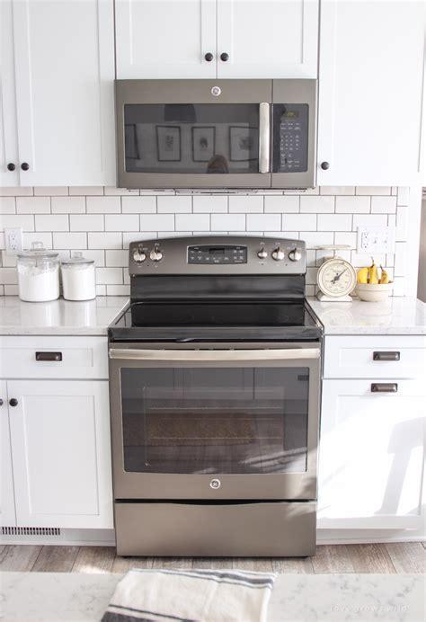 white kitchen cabinet makeover kitchen makeover appliances grows 1343