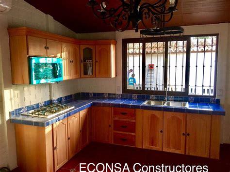 cocina rustica azul madera concreto  talavera cocinas