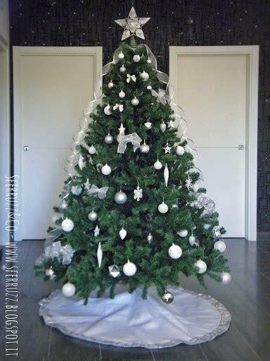 tappeto per albero di natale sferruzz co natale si avvicina il tappeto per l albero di