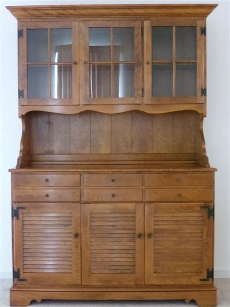 30007 solid maple furniture ethan allen hutch early american solid maple and birch