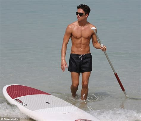 Joey Essex shows off abs and toned torso while on holiday ...