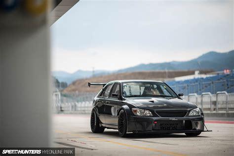 lexus is300 jdm jdm in korea the motorklasse lexus is200 speedhunters