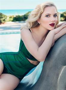 Scarlett Johansson in style | Photo files
