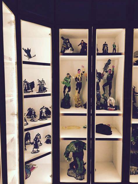 fukusu action figure collector display cabinet  led
