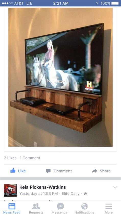 pallet floating entertainment shelf arts crafts diy
