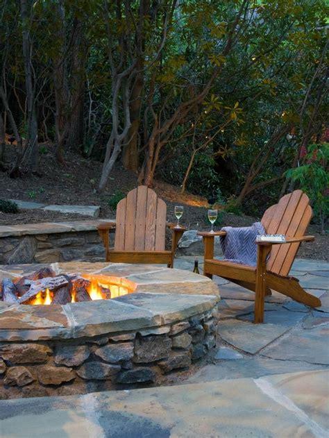 Backyard Pit Landscaping Ideas by Best 20 Patio Pits Ideas On Firepit