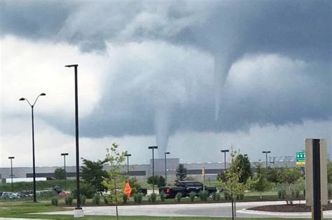 Tornado Marshalltown Iowa Causes Devastation Daily Star