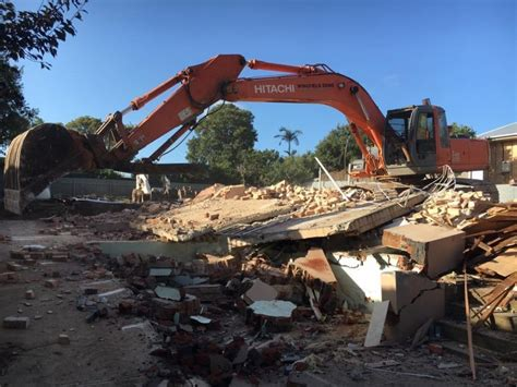 metro domestic asbestos eaves demolition demolition blokes