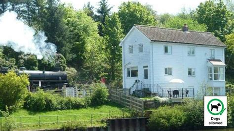 Cottages In Whitby With Parking by Whitby Cottages Friendly 13 Friendly