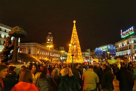 images of christmas in spain 7 lucky new year s traditions in spain an insider s spain travel spain food