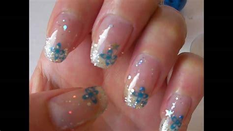 deco fleur ongle gel m75 001 d 233 co fleur bleue et pailettes sur ongle naturel