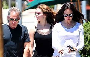 Brian Benben in Madeleine Stowe And Family Out For Lunch ...