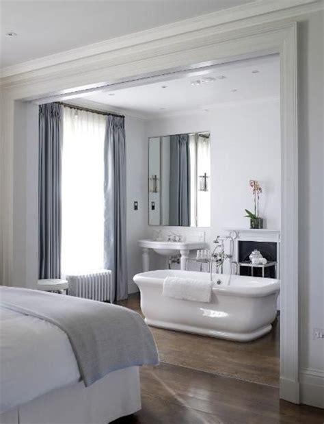 voorbeelden van een badkamer  de slaapkamer