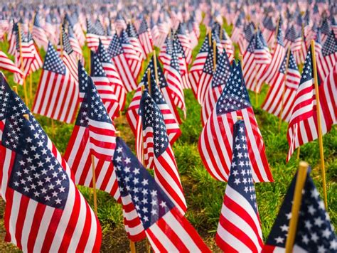 The Problem With Saying 'Happy Memorial Day' | HuffPost Life