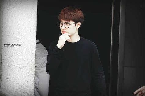 stunning exo wearing glasses  kpopmap