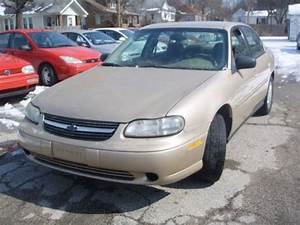 Sell Used 2002 Chevrolet Malibu Ls In 701 S Walnut St