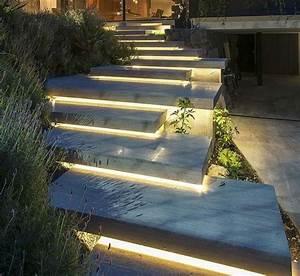 Treppen Im Garten : treppen im garten verlegen ein dekoratives element oder notwendigkeit ~ A.2002-acura-tl-radio.info Haus und Dekorationen