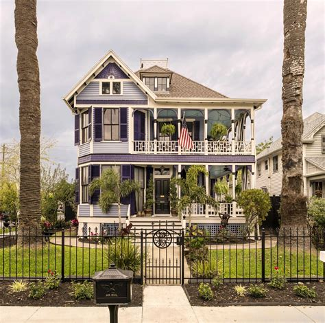 Galveston's home tour features houses that predate Great ...
