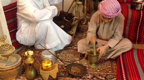 Traditional Way To Cook Arabic Coffee In Uae الطريقة Cuban Coffee Naples Liqueur Recipe Everclear Uk Cookies Maker How To Use And Orange Juice Grand Rapids Mi Black White