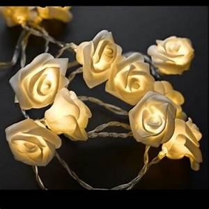 Guirlande Electrique Noel : guirlande lumineuse a pile rose blanche decoration noel badaboum ~ Teatrodelosmanantiales.com Idées de Décoration