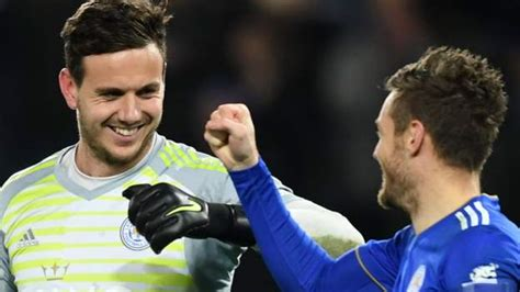 Carabao Cup: Leicester City beat Southampton on penalties ...