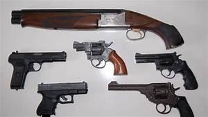 Gun suppliers jailed - ITV News