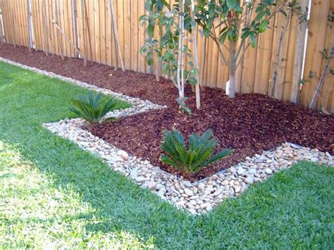 yard borders  edging ideas house renovation