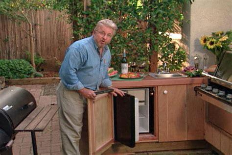 outdoor kitchen  deck  patio ron hazelton