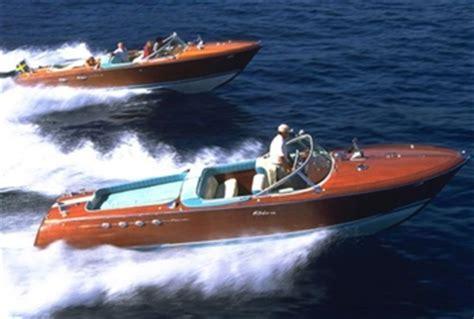 Man Valt Met Motor In Boot by Classic Sportboot Von Aeronaut Ohne Ma 223 Stab Seite 1
