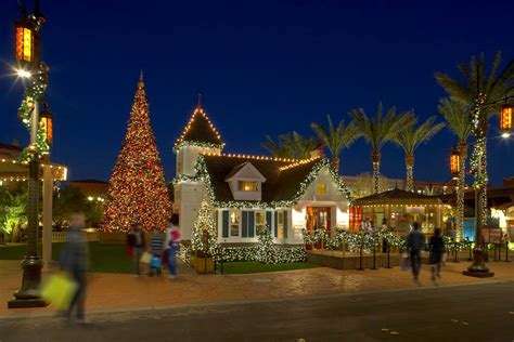Family shows in las vegas. Ring In The New Year At Town Square Las Vegas - Vegas24Seven.com