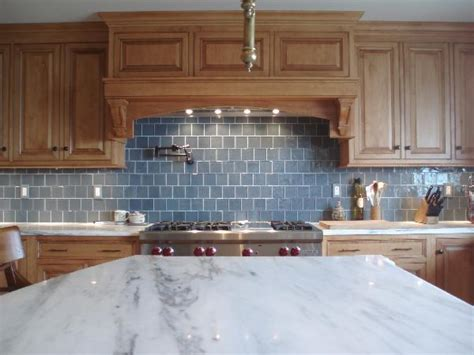 Blue Backsplash Kitchen : Blue Subway Tile Backsplash Design Ideas