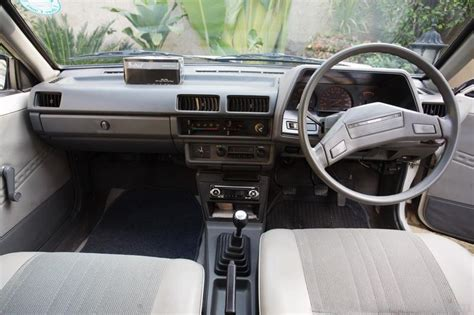 nissan sunny old model modified nissan sunny 1985 pristine condition cars pakwheels forums