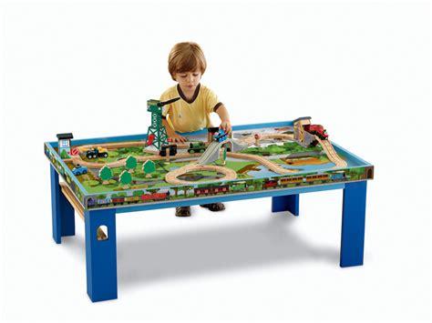 thomas wooden railway table amazon com fisher price thomas the train wooden railway