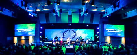 crowned screen church stage design ideas