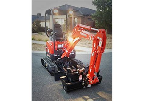 hire kubota     tonne excavator  listed  machinesu