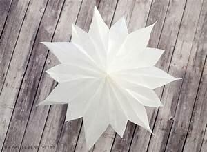 Sterne Aus Butterbrottüten Basteln : diy sterne aus butterbrotpapier und tapete happy serendipity ~ Watch28wear.com Haus und Dekorationen
