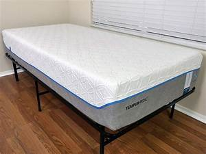 Loom and leaf vs tempurpedic mattress review sleepopolis for Brooklyn bedding vs tempurpedic