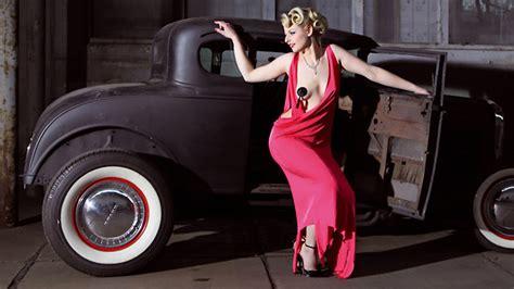 girls legendary  cars neuer kalender