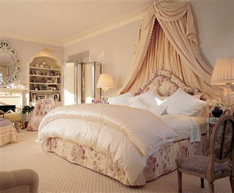 Beautiful Bedrooms Fabulous Luxury Bedroom, Beige, Gold