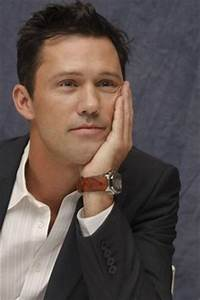 Jeffrey Donovan Fact: The 'Burn Notice' star can bring a ...