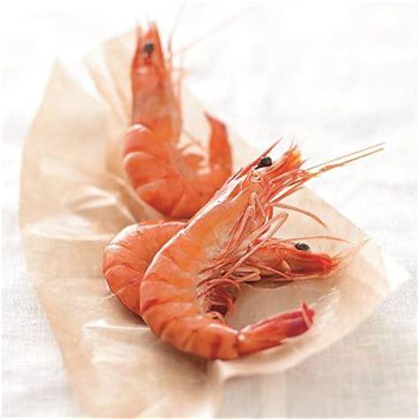 comment cuisiner des crevettes roses recettes avec crevettes roses toutes les recettes crevettes roses cuisine et vins de