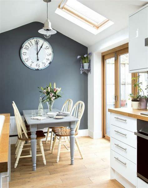 cuisine mur bleu emejing mur de cuisine peint en bleu images nettizen us