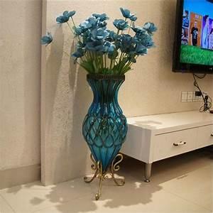 Große Deko Vasen : ber 60 vorschl ge wie sie das zimmer mit vasen dekorieren ~ Markanthonyermac.com Haus und Dekorationen