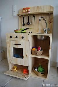 Cuisine Enfant En Bois : 1000 id es sur le th me projets d 39 b nisterie sur pinterest projets d 39 b nisterie diy autour ~ Teatrodelosmanantiales.com Idées de Décoration